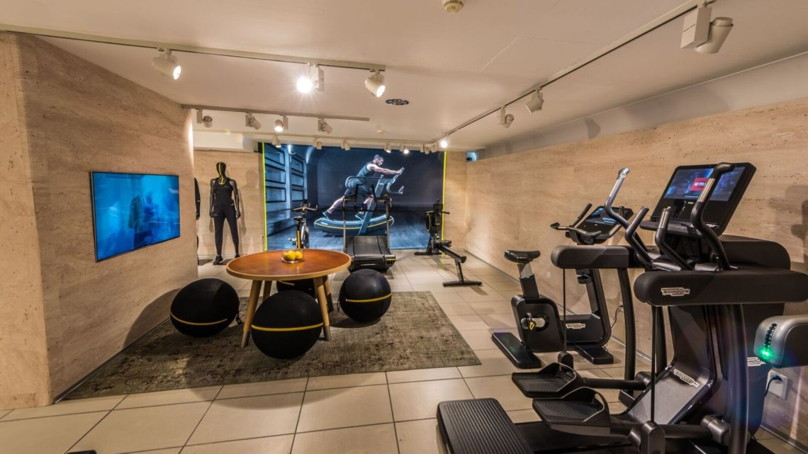Technogym Eröffnung Zürich Paradeplatz Geräte Indoor Interior