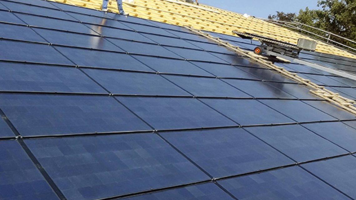 Solarenergie Solarpanel Strom vom Dach