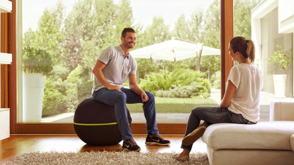 Rückentraining mit Wellnessball Active Sitting
