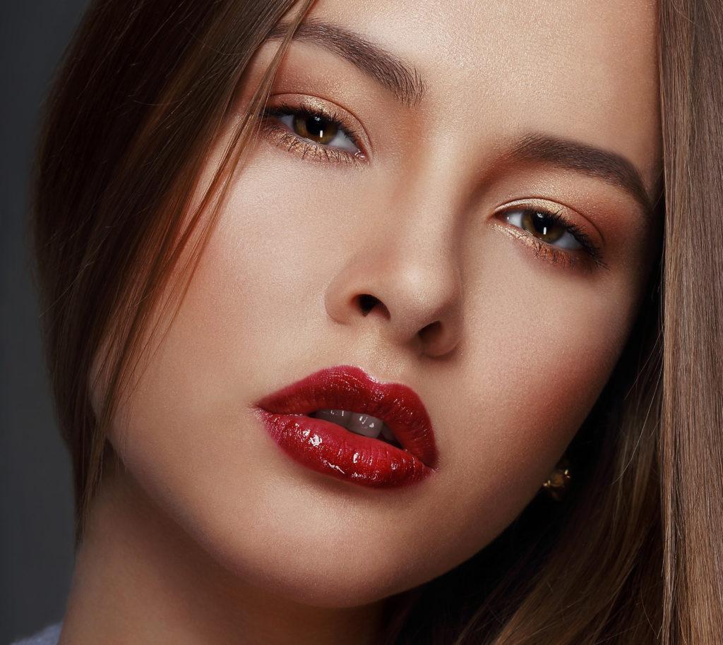 Festliches Make-Up Silvester Neujahr Schminken Schminktipps festliche make-up's