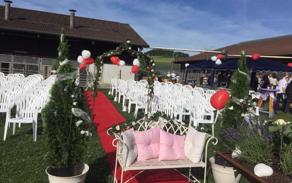 Reiterhof Hueb Oberembrach Hochzeit Outdoor